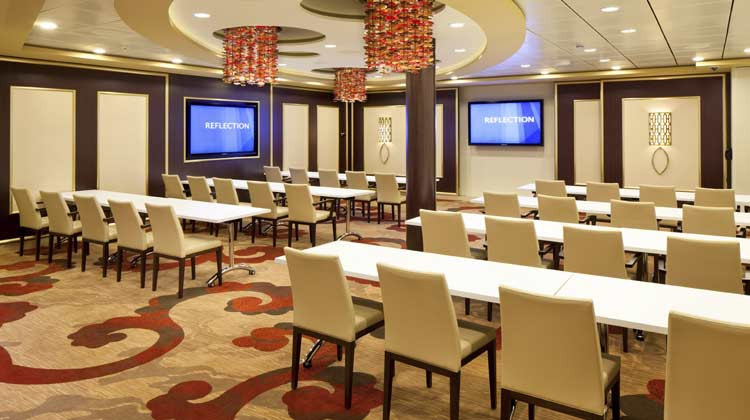 Sea-Conferences-Room-With-Tables